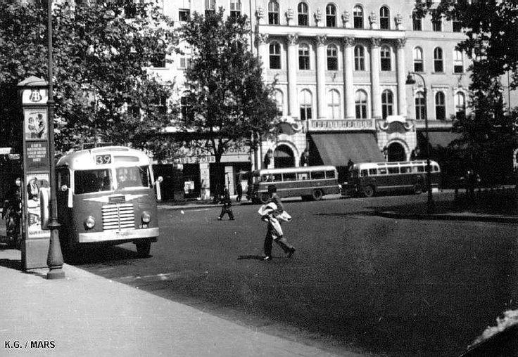 vörösmarty tér, budapest