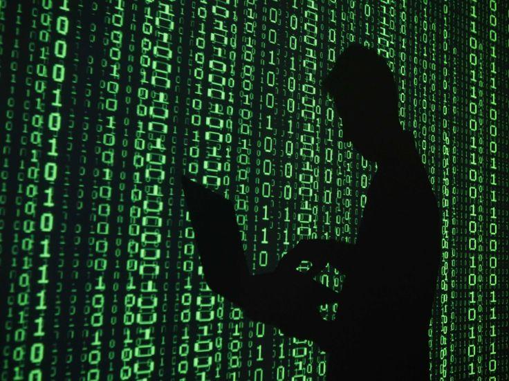 Hacker Typer - Situs Yang Membuatmu Menjadi Hacker