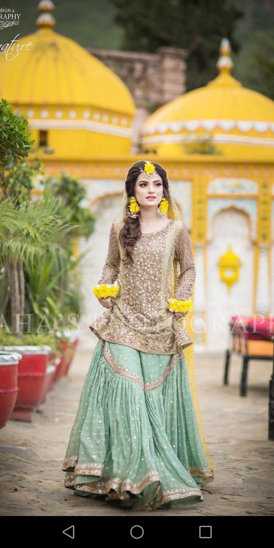 645de7200b Pin by Zarnab Anwar on Brides in 2019 | Bridal mehndi dresses, Bridal  mehndi, Pakistani wedding dresses