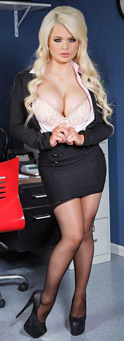 Alexis may big breast beauty hardplay - 1 8