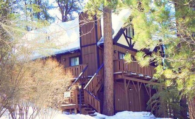 Nice Home with Fenced Yard Near Snow Play Area -VaycayHero