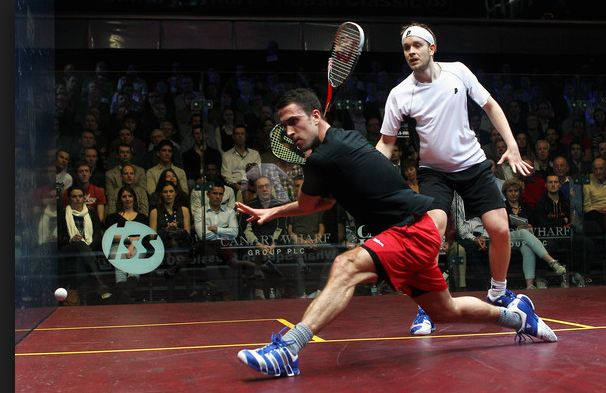 Amazing photo highlighting how everything should link together as you approach the ball. Note how Peter's weight is transferring into the shot just as he starts his swing meaning his bodyweight is used to generate power as he strikes the ball. #squash #psa #psaworldtour #technique #Salming