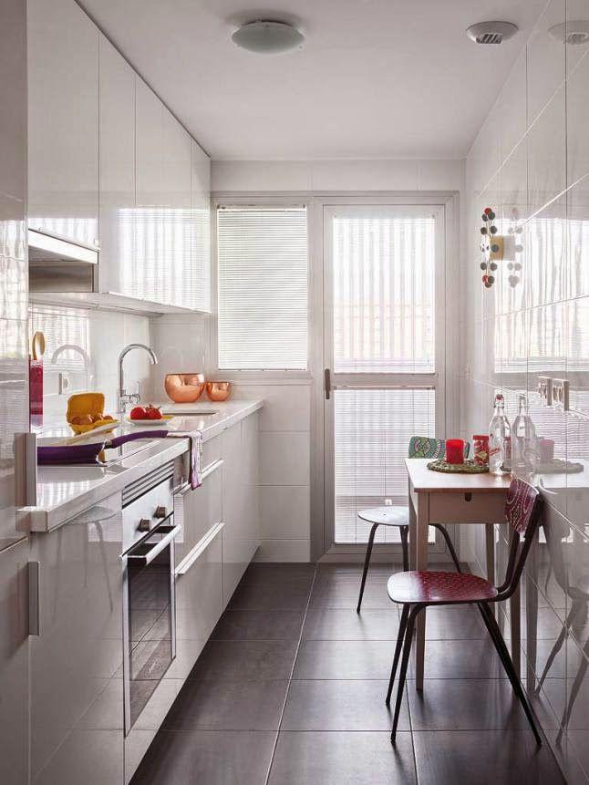 Las 25 mejores ideas sobre habitaciones estrechas en - Cocinas amuebladas decoracion ...