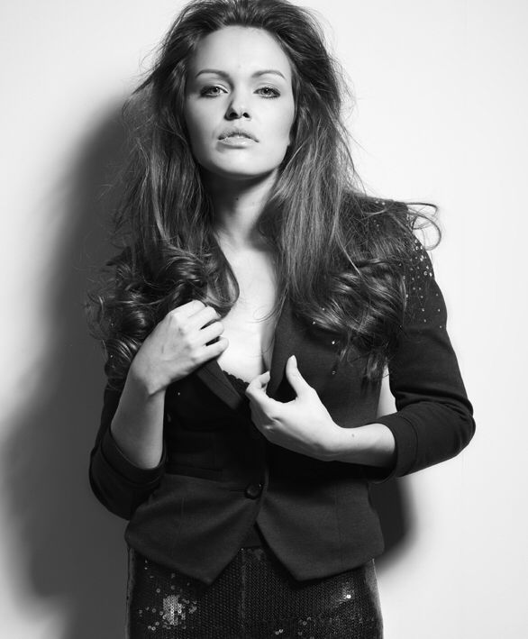 #beauty #bolzerntwins #photography #fotografie #fashion #model #black&whitee #sexy