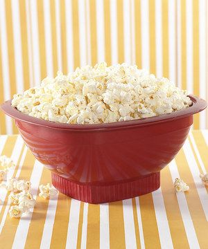 Perfect for movie nights, this BPA- and melamine-free popper makes delicious popcorn with or without added oil. The bright red color looks lovely on a serving table, too.
