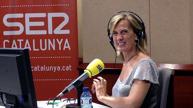 Gemma Nierga, en los estudios de Radio Barcelona, esta mañana, durante su despedida (Foto Cadena SER)