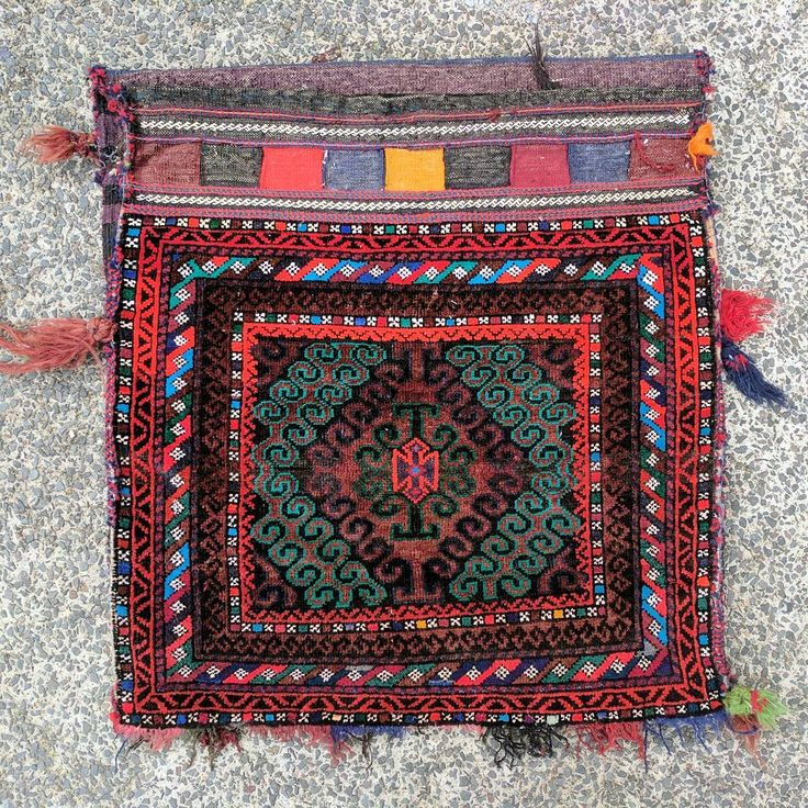 Hand knotted Afghan saddle bags make beautiful wall hangings! 🐎    #afghan #bag #wallhanging #hangingart #rusticdecor #rustic #apartmenttherapy #apartmentdecor #interiorinspiration #interiorinspo #bohowedding #bohostyle #bohemianstyle #bohemian #handmade #interiordecor #interiordesign #homestyle #homedesign #homedecor #etsy