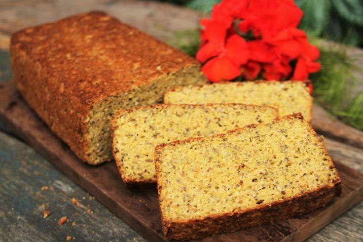 Receita de pão de milho sem glúten e sem lactose feita de maneira rápida e fácil no liquidificador.Muito nutritivo e saudável leva amaranto,chia e psyllium.