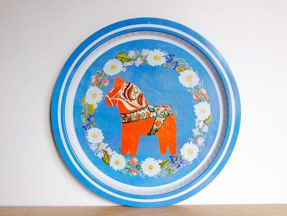 Dala horse metal tray// Vintage dala horse tray// by tiendanordica, $26.00