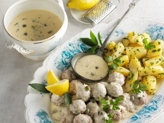 Fleischbällchen in Kapernsoße ist ein Rezept mit frischen Zutaten aus der Kategorie Südfrucht. Probieren Sie dieses und weitere Rezepte von EAT SMARTER!