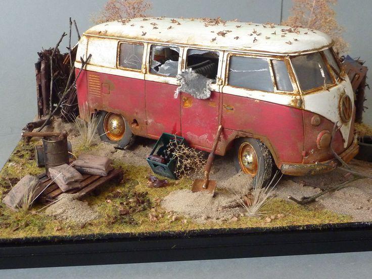 """VW type II bus """"Rusted"""" diorama. 1:35 scale"""
