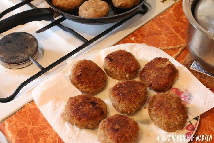 Alicja w krainie warzyw: Proste i pyszne kotlety z kaszy gryczanej