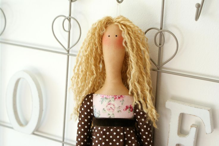 tilde, blonde hair, long hair, poupée tilda, bambola, look alike doll, fashionista doll, dolls and daydreams, soft toys, ragdoll, doll maker