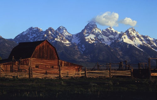 Moulton Barn in front of the Tetons: Moulton Barns, Majestic Grand, Favorite Places, Places Iv Americana, Beautiful Wyoming, Grand Teton, Experiment Wyoming, Teton Mountain, K Places
