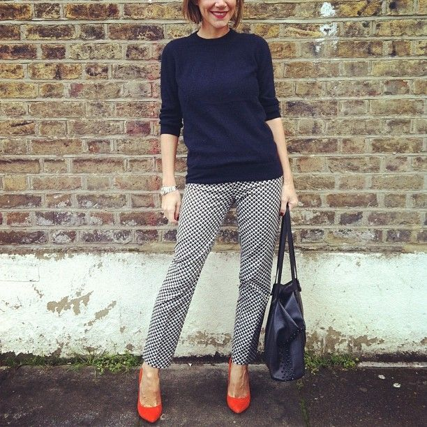 ☁ Bright courts on a full day @J.Crew jumper @Gap trousers @Diane Z courts ☁ #Padgram