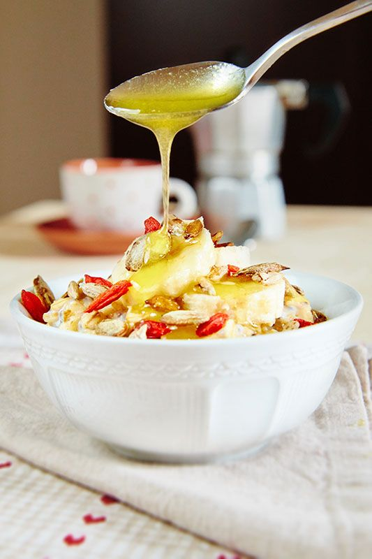 These Warming Breakfast Oats are perfect for feeling cosy on cooler mornings!