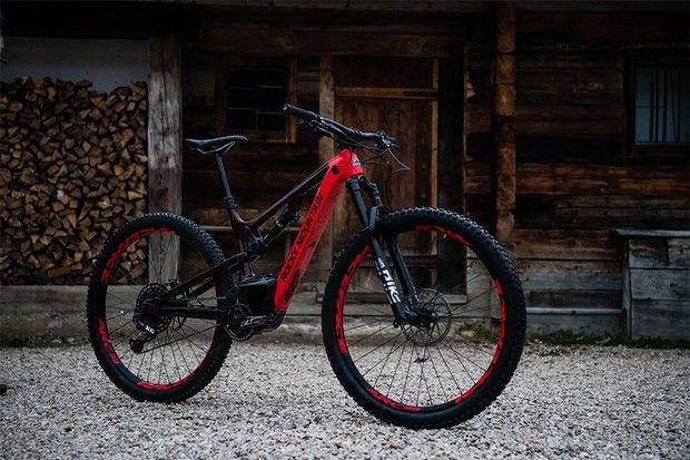 Rocky Mountain S New Instinct Powerplay Carbon E Bike Is Tougher