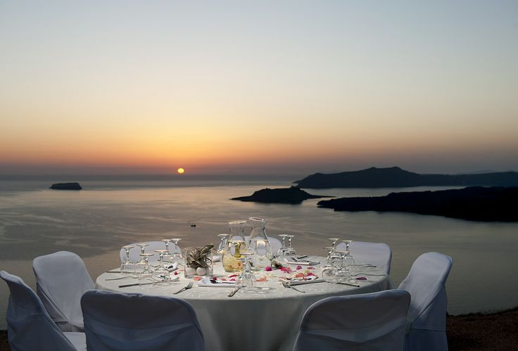 Situated on the edge of the caldera cliffs in Megalochori Village, less than 1km from Thermes Luxury Villas, Princess Irianna enjoys the spectacular views of the sea... #Santorini