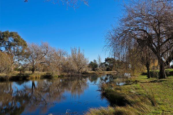 Elizabeth River: Campbell Town Tasmania