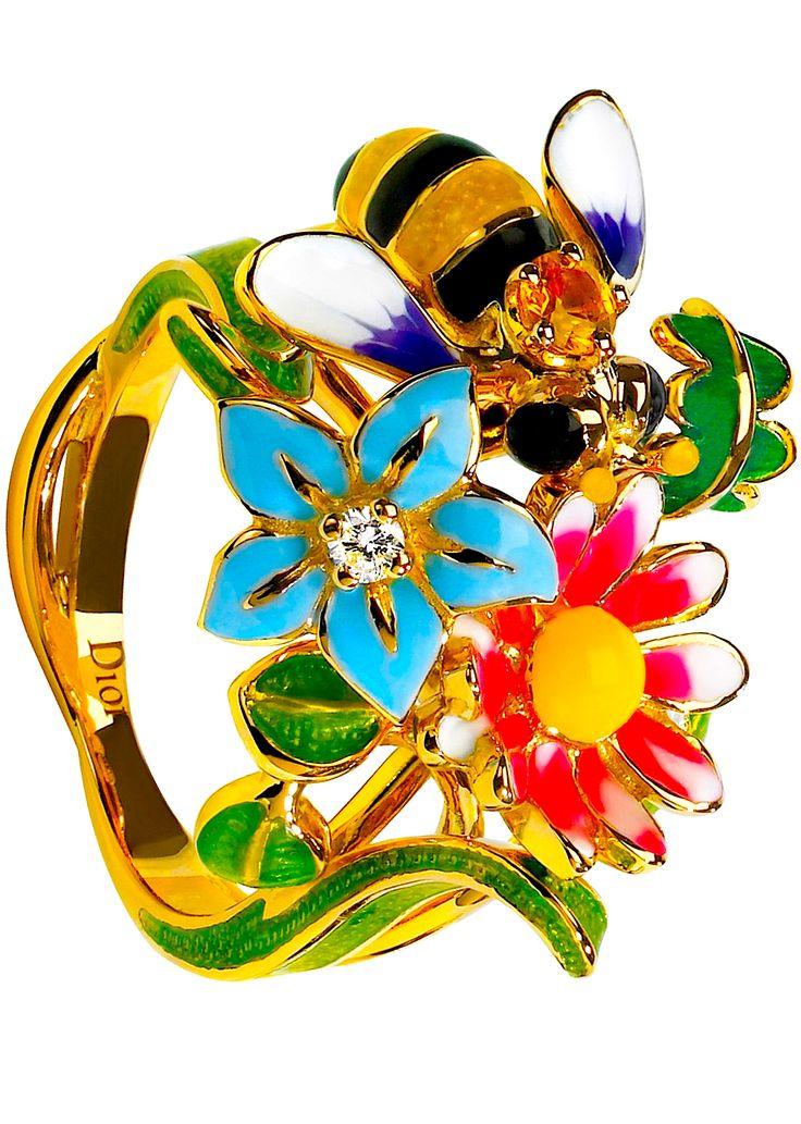 Love this bracelet by Victoire de Castellane for Dior Jewellery