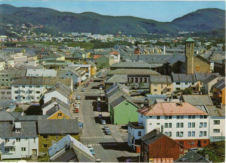 Bodø. Parti av byen med Dronningens Gate i midten. En gang tidlig på 70 tallet.