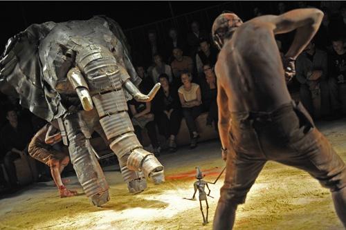 Spartacus by Théâtre de la Marionnette à Paris