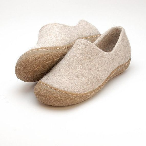 Rubber toe soles for my felted clogs and booties  by WoolenClogs