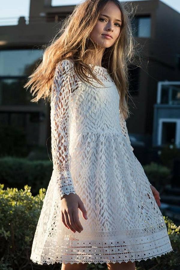 CELEBRIDADES FEMENINAS Por E TValens  Kristina Pimenova  Hace mucho que no  traía a esta preciosidad que con el tiempo esta demostrando lo digna que es  ... cafee8c869