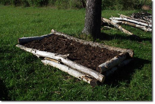 Raised Beds and Soil Rehab with Yard Waste - The Permaculture Research Institute