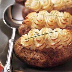 twice baked potatoe with goat cheese and chives Bachelor-Party Dinner