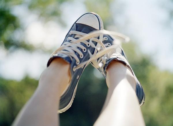 Bicarbonato sódico dentro de los zapatos neutraliza el olor