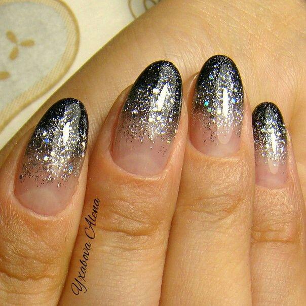 Натуральные ногти. Двойная растяжка гель-лаком и блестками. Natural nails. Glitter