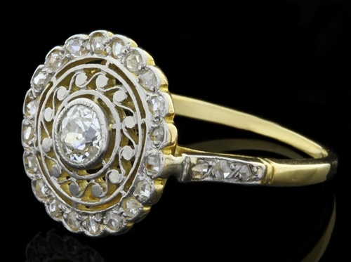 Antique engagement ring from Dublin Jewellers Ireland with transitional cut diamond in the centre from Edwardian period