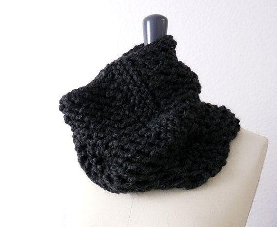 Baby Alpaca Knit Lace Infinity Loop Scarf in Dark Charcoal / Coal Black. Men / Women. Urban Style / Ski / Winter. Handmade in France.