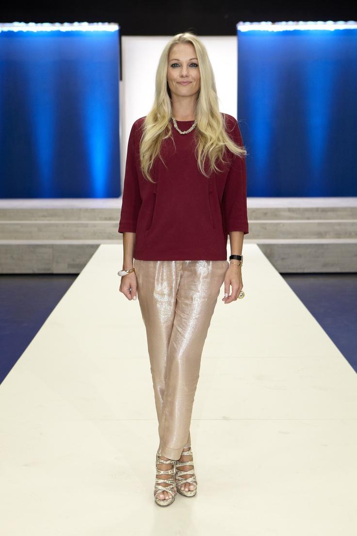 Baroness Caroline Fleming in Rützou blouse | Danmarks næste top model 2012