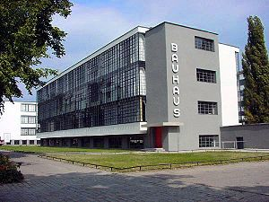 Walter Gropius, Bauhaus school