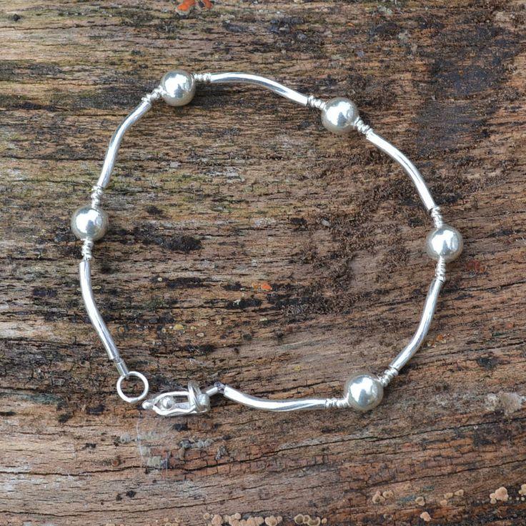Leuke zilveren armband gratis verzending binnen Nederland