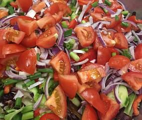 Eritrean Cucumber and Tomato Salad » Recipes and Foods from Ethiopia