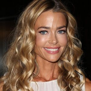 Denise Richards (American, Film Actress) was born on 17-02-1971.  Get more info like birth place, age, birth sign, biography, family, relation & latest news etc.