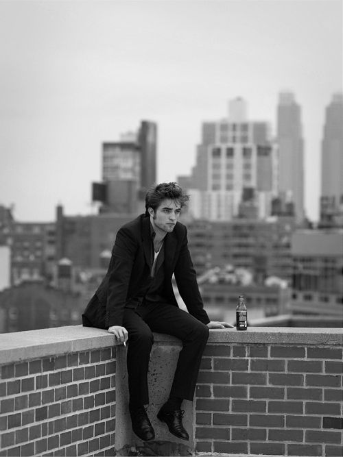''The more you are exposed the more people irrationally hate you.'' - Robert Pattinson. ☀