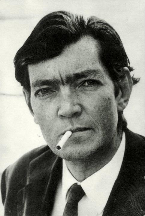 Julio Cortazar by Sara Facio.