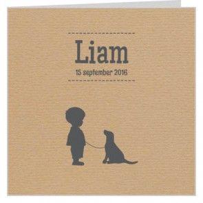 #Geboortekaartje voor een #jongen met silhouet van jongen met hond en design van bruin #kraftpapier. Maak het jouw eigen kaartje door het aan te passen met eigen tekst en bijpassende afbeeldingen uit onze beeldenmap op www.babyboefjes.nl. Direct het kaartje bewerken: http://www.babyboefjes.nl/geboortekaartje-01-1-0433.html