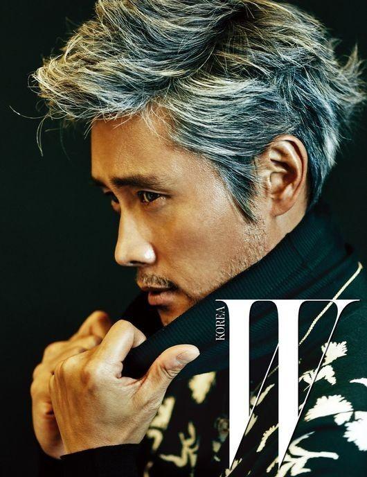 Lee Byung Hun Transforms Into Chairman Jin with 'W Korea' | Koogle TV