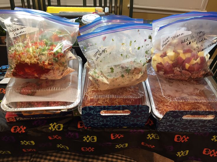 Every month, my friend and I get together to prep freezer meals together! Here are October's gluten free & Paleo freezer meals!