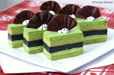 Green Tea and Black Sesame Mousse Cake | Suzi's Cakes