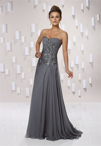 Love this dress-not sure that I want a floor length gown.