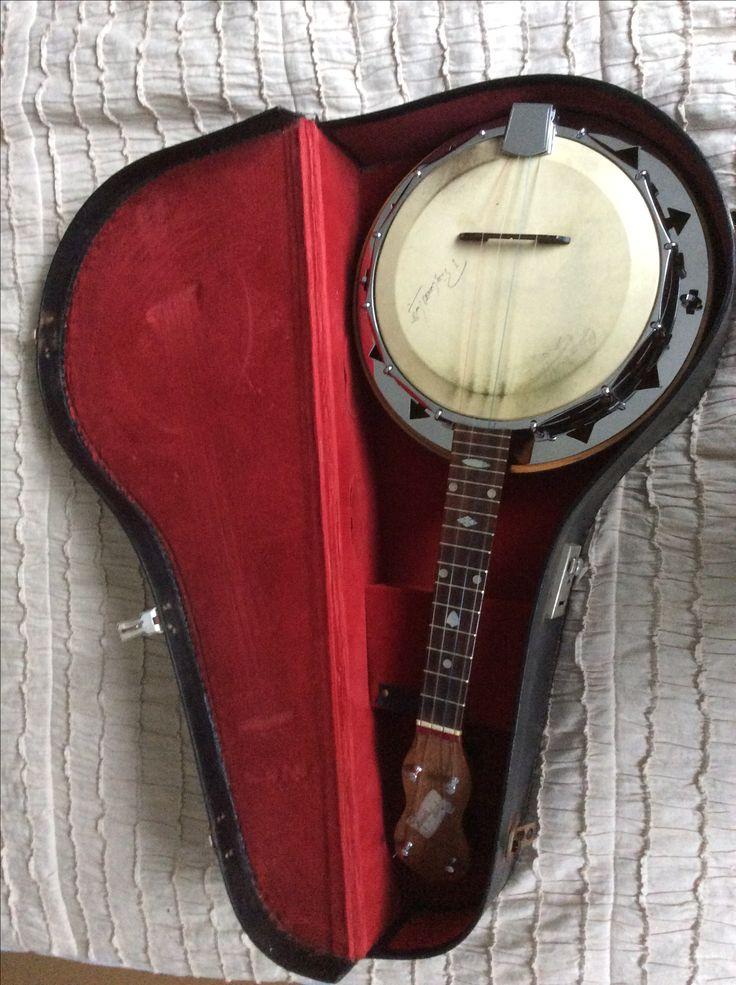 10 Beginner Bluegrass Banjo Songs - blog.deeringbanjos.com