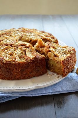 Apple cake with Cinnamon and Oats l Sugar tidbits