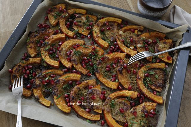 Oven roasted pumpkin-Middle Eastern style   ///  Midden Oosterse gegrilde pompoen   find the recipe here:  http://wp.me/p3aCoi-w2