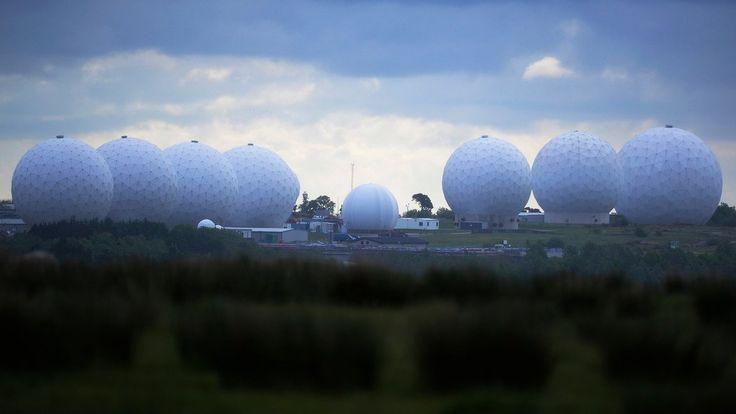 British Spy Agencies Are Said to Assert Power to Intercept Web Traffic